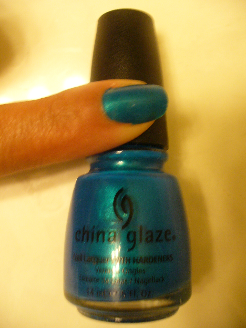 new-china-glaze-review-and-smokey-rihanna-eyes-002
