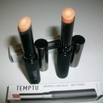 Temptu Under Eye Concealer: The Review