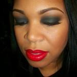 Holiday Makeup: Classic Smoky Eye Tutorial