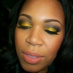 Holiday Makeup: Glittery Gold Eye Tutorial